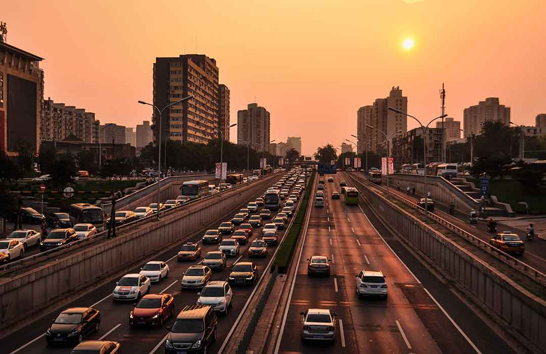 Traffic-related air pollution can increase anxiety in children (Video)